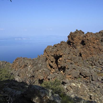 Erstarrte Lava auf Methana
