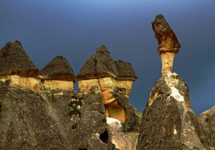 Im Pasabagi Tal befinden sich einige der schönsten Feenkamine Kappadokiens