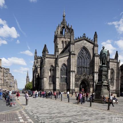 Die St Giles' Cathedral ist eine der bedeutendsten Sehenswürdigkeiten Edinburghs.