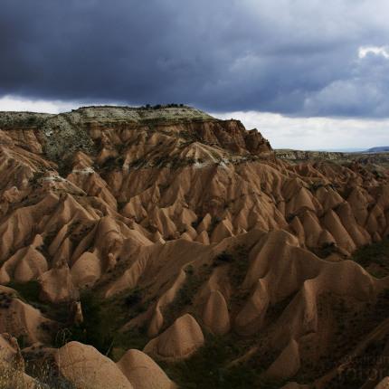 Die Tuffsteinfelsen Kappadokiens sind kontinuierlicher Erosion unterworfen.