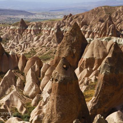 Auch das eindrückliche Rosevalley mit seinen rötlichen Felsen lässt sich gut bewandern.