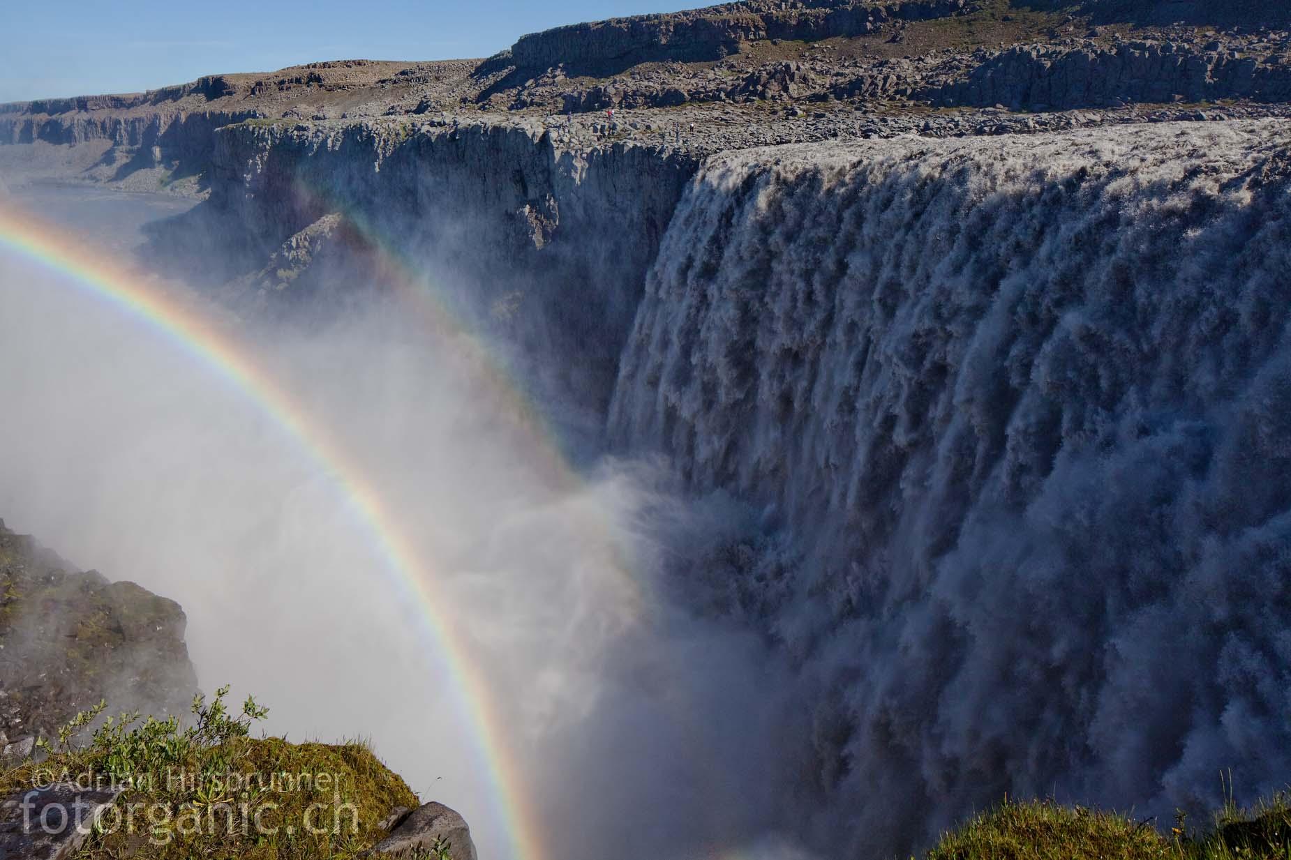 Im Sommer beträgt der Wasserdurchfluss des Dettifoss bei 1500 m³/s! Er ist damit der mächtigste Wasserfall Europas.