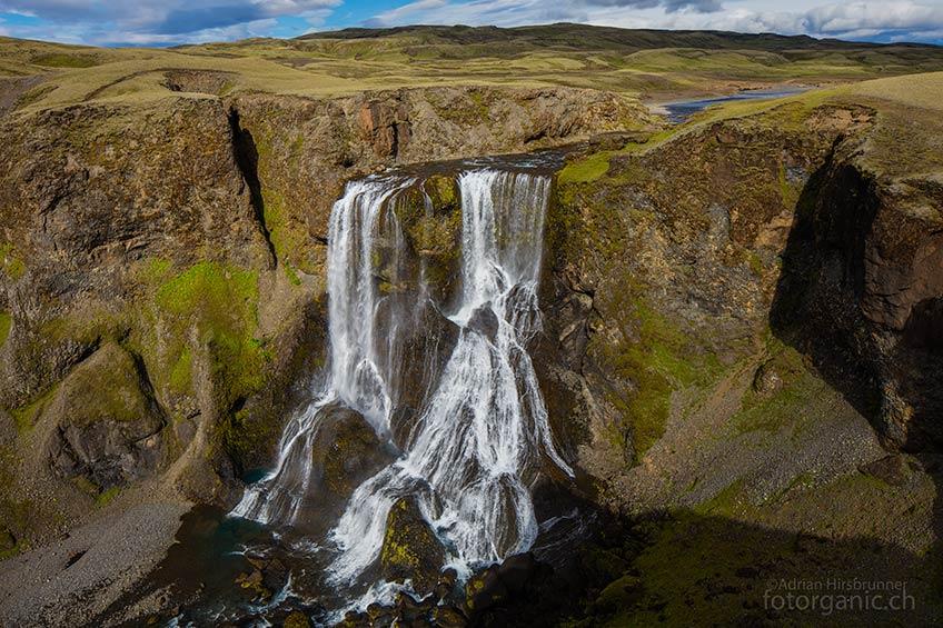 Wer sich auf dem Weg zum Laki-Krater befindet, sollte auch den Fagrifoss besuchen.