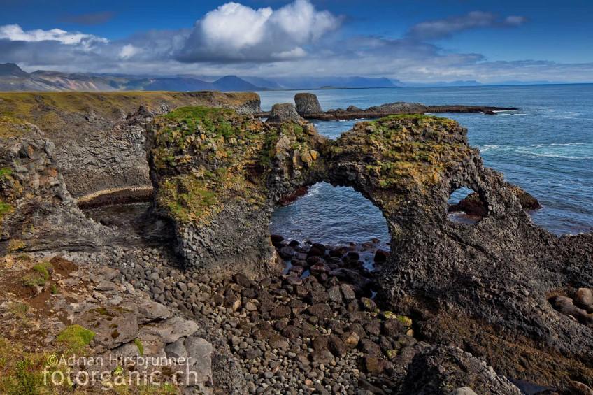 Bizarre Felsformationen aus Basalt auf Snæfellsnes