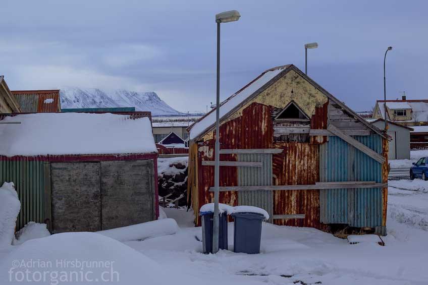 Eigenwillige Basteleien sind an Isländischen Häusern keine Seltenheit.