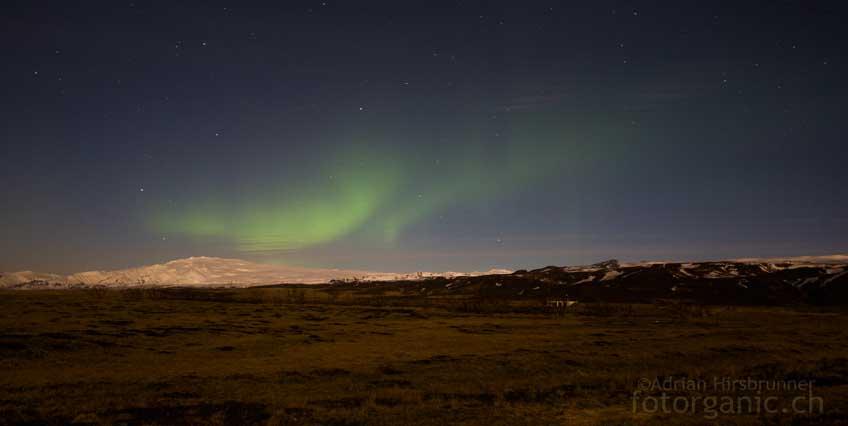Das Polarlicht über dem Vulkan Eyjafjallajökull war visuell erst nicht sichtbar. Mit dem Kamerasensor konnte ich es trotzdem detektieren.