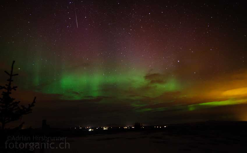 Es ist kein Zufall, dass man beim fotografieren des Polarlichts auch andere Ereignisse wie Meteoriten einfängt.