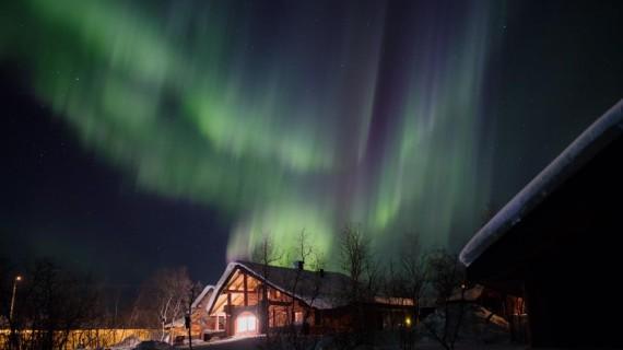 Kilpisjärvi in Finnisch Lappland liegt auf dem 68.Breitengrad und ist damit einer der besten Ausgangsorte Finnlands um das Nordlicht zu sehen.