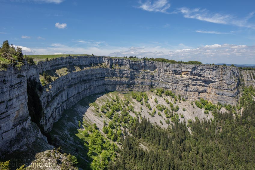 Der imposante Kessel des Creux du Van wird gerne auch als der Grand Canyon der Schweiz bezeichnet.