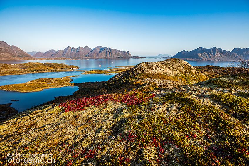 Farbenfroh und freundlich; prächtige Herbsttage auf den Lofoten