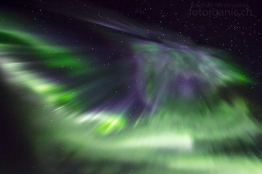 Nur selten gelingt es mir, ins Auge der Polarlicht Korona zu fotografieren.