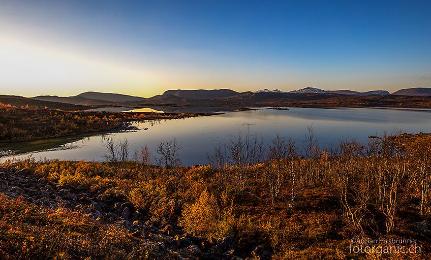 Herbstlandschaft am Vassijaure See