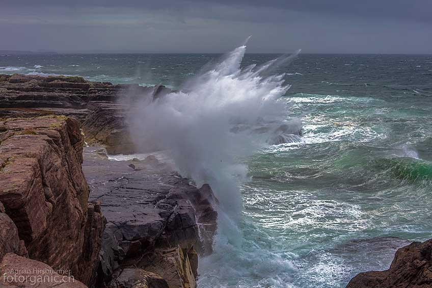 20 Meter hohe Gischt! Coigach Halbinsel, Schottland