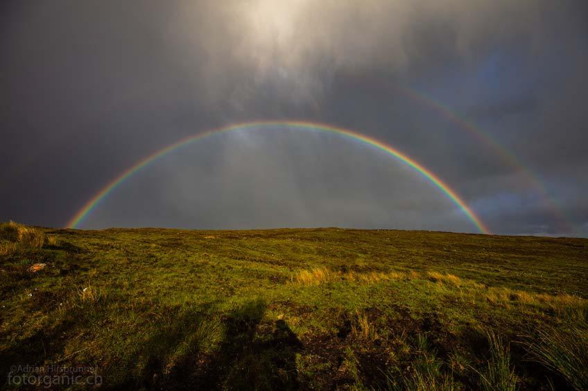 Typisch für Gairloch: Dank seines wechselhaften Wetters, gibt es in Gairloch besonders viele Regenbögen