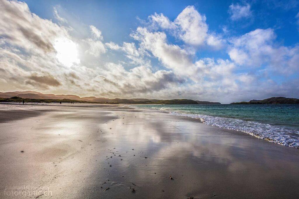 Der Reef Beach ist einer der schönsten Sandstrände von Lewis and Harris. Der Weisse Sand und das grüne Wasser sind absolut sehenswert.