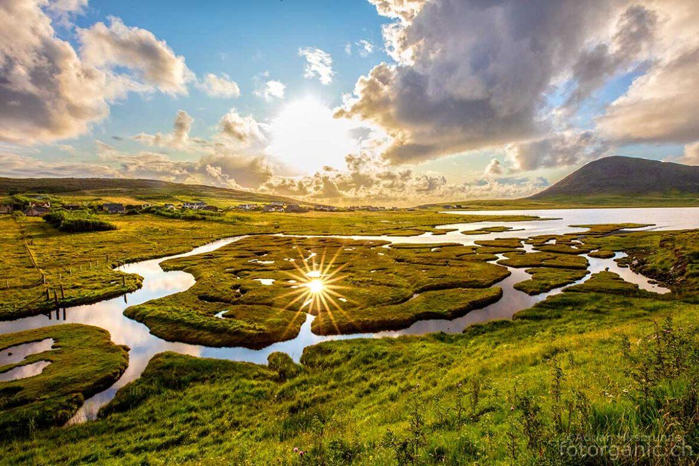 Landschaft von Lewis and Harris. Landschaftsbild das den Inselteil Harris repräsentiert.