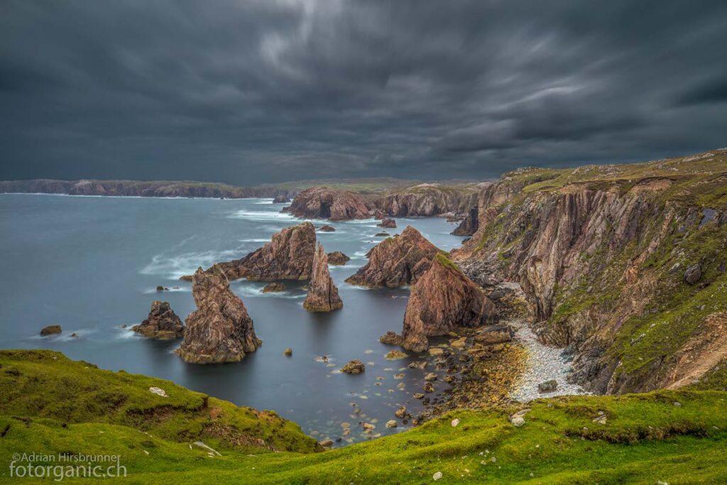 Die Mangersta Sea Stacks gehören zu den beliebtesten Sehenswürdigkeiten von Lewis and Harris.