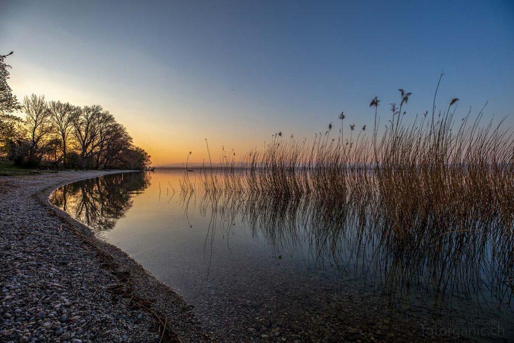 Am Pointe du Grain befindet sich einer der beliebtesten Strände des Neuenburgersees